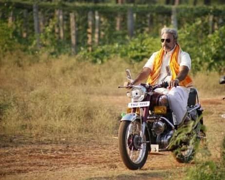 Sathyaraj - Still 11 - Varutha Padatha Valibar Sangam