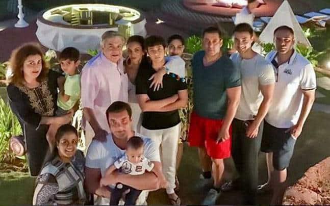 सलमान खान ने गोवा में परिवार के साथ मनाई दिवाली !