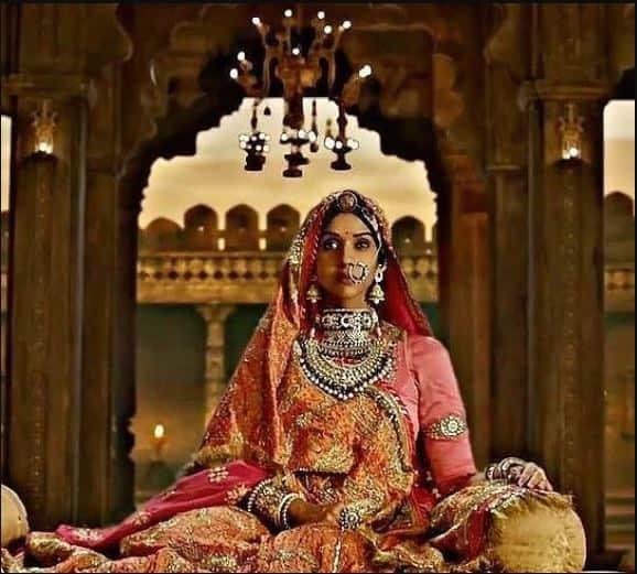 फिल्म 'पद्मावती' में शाहिद कपूर की पहली पत्नी बनी एक्ट्रेस अनुप्रिया गोएंका को जानिए करीब से !