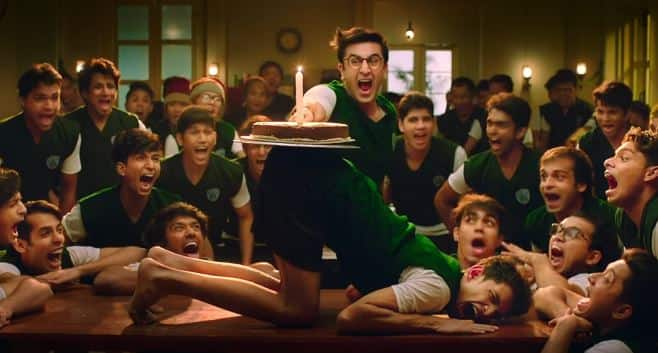 फिल्म 'जग्गा जासूस' के नए गाने में रणबीर का अजीबोगरीब डांस आपको इम्प्रेस कर देगा!
