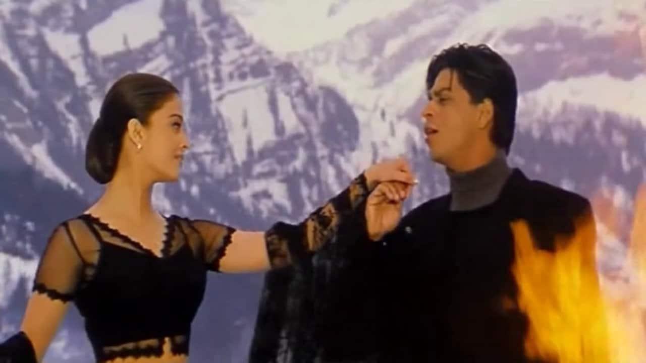 बॉलीवुड की इन फिल्मों में एक्ट्रेसेज़ ने लगाई बर्फ़ीली वादियों में आग !