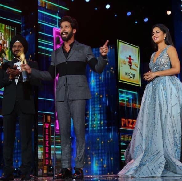 तस्वीरें: बॉलीवुड के ये सितारे रहे आईफा अवार्ड के विजेता ?