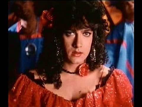 जब बॉलीवुड के ये एक्टर्स फिल्म के किरदार के लिए बन गए थे लड़की !