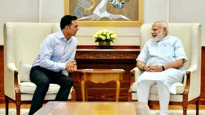 जब बॉलीवुड सितारों ने प्रधानमंत्री नरेंद्र मोदी के साथ खिंचवाई तस्वीरें !
