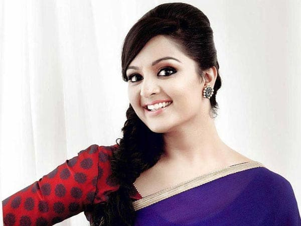 manju warrier photos download