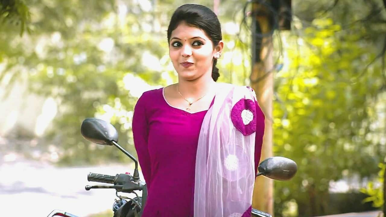 Athulya Ravi's Next To Be A-Maali - DesiMartini