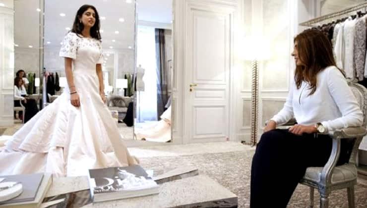 पेरिस डेब्यूटेंट ले बॉल की तैयारी में जुटी अमिताभ बच्चन की नातिन नव्या नवेली