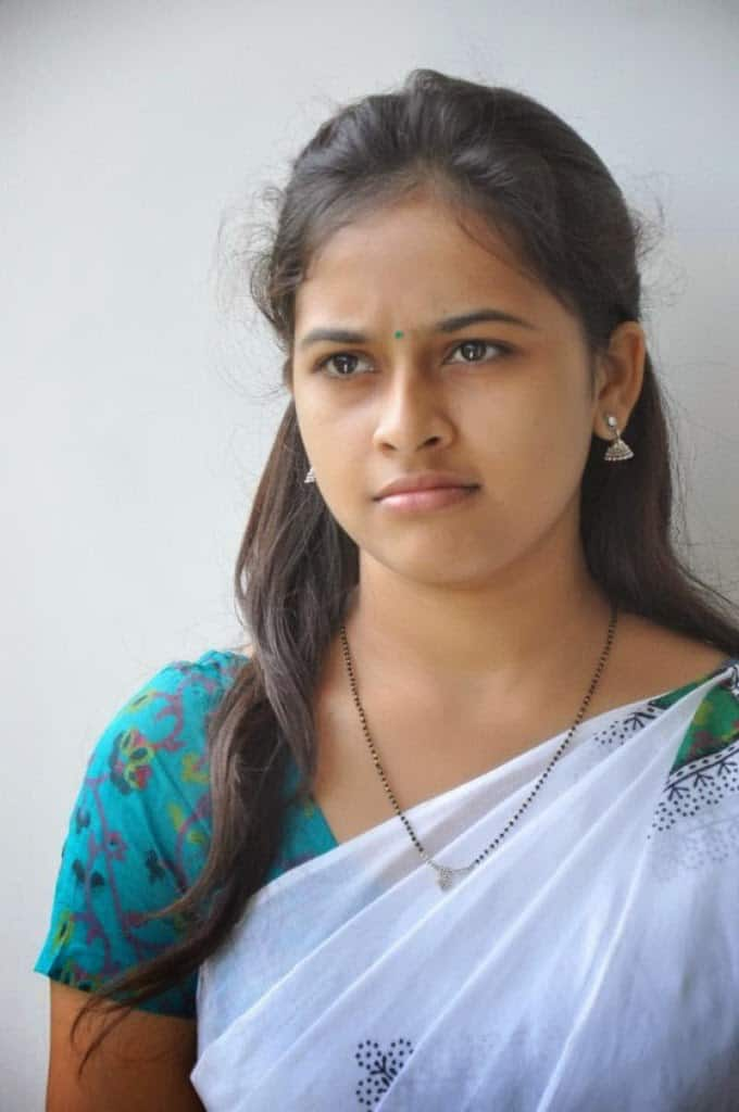 sri divya actress