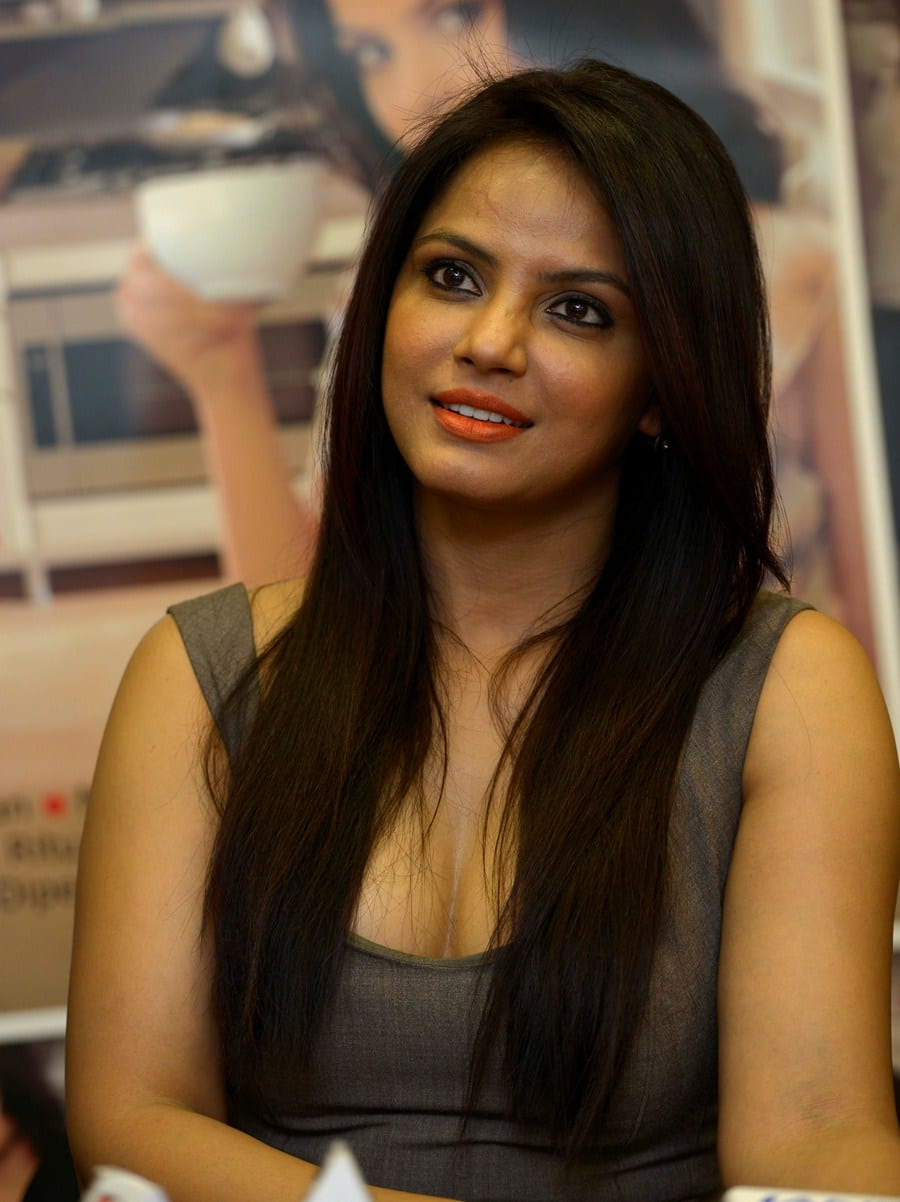 Neetu Chandra To Play Herself In Bramma.Com