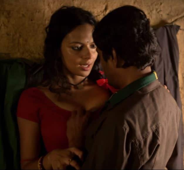 WATCH: Nawazuddin Siddique Kisses And Makes Love In Babumoshai Bandookbaaz's Barfani Song!