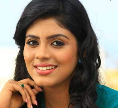 Guess What Role Will Iniya Play In Pottu!