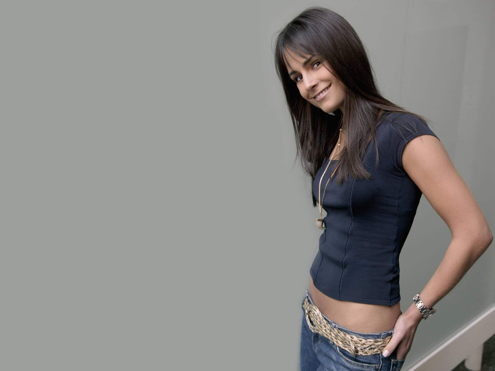 Jordana Brewster: Wants Michelle Rodriguez To Stay In Fast And Furious Franchise!