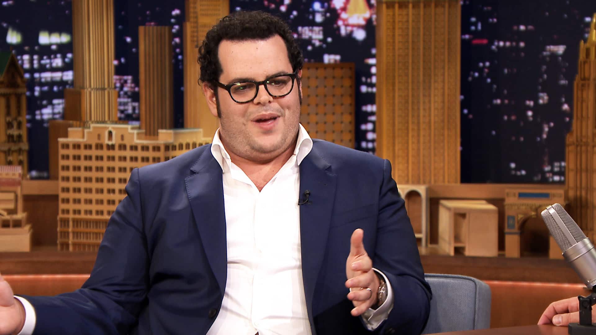 Josh Gad's Job Is Not A Matter Of Concern For His Children!