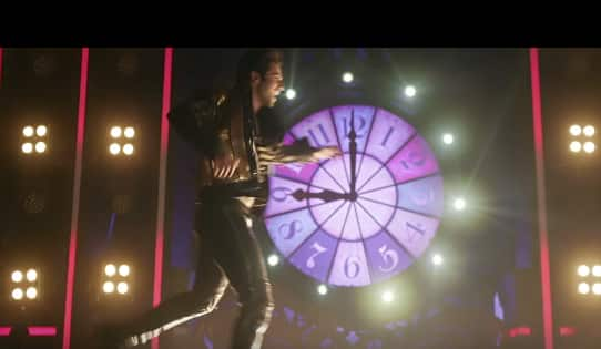 WATCH: Varun Dhawan's Chalti Hai Kya 9 Se 12 Is A Chartbuster Which Is Pure 90s Nostalgia!