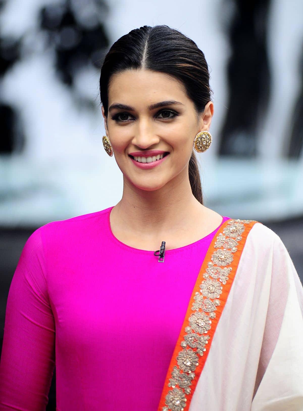 Kriti Sanon To Star In Vishal Bhardwaj's Churiya