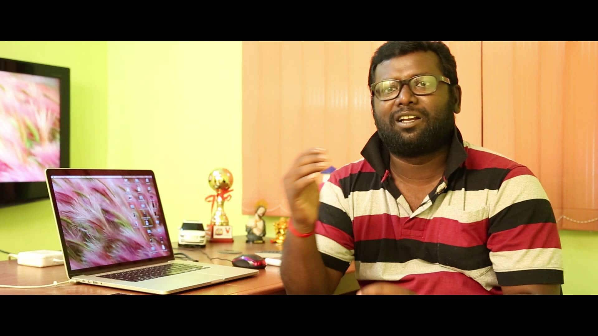 Lyricist Arunraja Kamaraj To Make His Debut As A Director With A Film On Women's Cricket