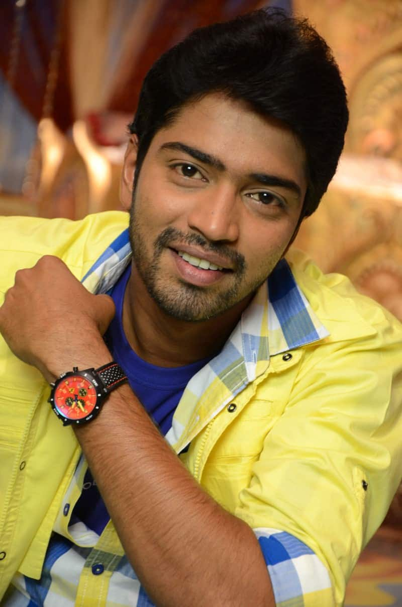 naresh (actor)