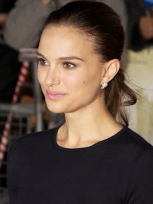 Natalie Portman to portray Ruth Bader Ginsburg in 'On the ...