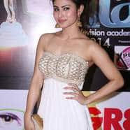 Not Salman Khan But This Bollywood Superstar Will Launch TV Actress Mouni Roy In Bollywood!