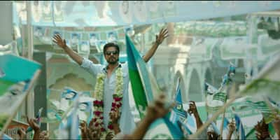 Raees' Teaser Just Set the Tone for Its Eid 2016 Clash with Sultan