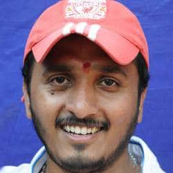 Filmmaker A.P. Arjun beaten up by Sandesh Nagaraj?