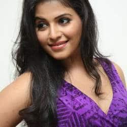 Anjali Roped In For Rajugari Gadhi Sequel?