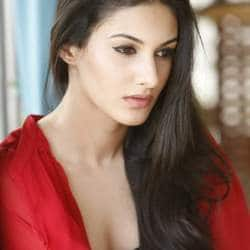 Puri Jagannadh To Rope In Amyra Dastur For 'Rogue'?