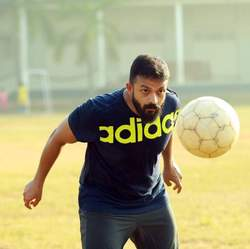Jayasurya Getting Into Shoes Of Captain