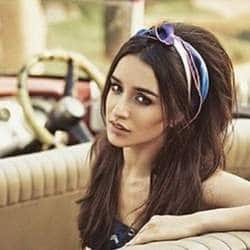 Shraddha Kapoor Expresses Her Love Towards Musical Instruments, As She Learns Guitar For 'Half Girlfriend'