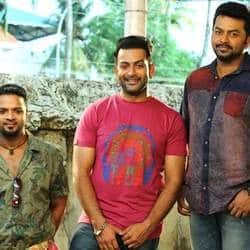 'Amar Akbar Anthony' To Release On October 16