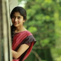 Sai Pallavi To Make Kollywood Debut Opposite Santhanam?