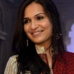 Soundarya Confirms Her Next, No Dhanush In The Movie