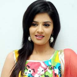 Sree Mukhi Roped In For Harsha Vardhan's Directorial Debut