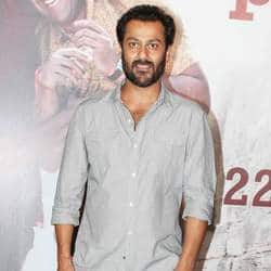 Rock On director Abhishek Kapoor moves to court against Rock On 2
