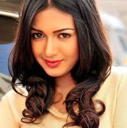 Catherine Tresa joins Rudramadevi's star cast?