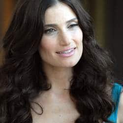 Actress Idina Menzel told she's 'over the age' to play lead role in 'Wicked'