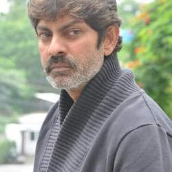 Jagapati Babu may play the villain in Pandaga Chesuko