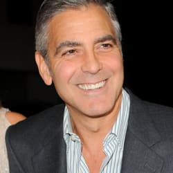George Clooney termed very good kisser by girlfriend Stacy Keibler