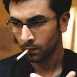 Ranbir Kapoor pays Rs 200 fine for smoking in public