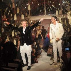 A standing ovation for Rohit Bal at LFWs grand finale