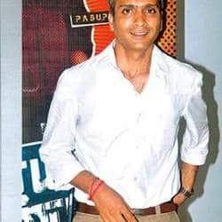 Charan plans to dub his Tamil blockbuster in Telugu