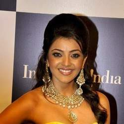 Kajal to play lecturers role in Mahesh-Sukumar film?