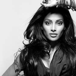 Bipasha Basu wants to work with Madhavan again