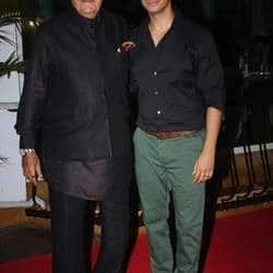 Prem Chopra celebrates son in law Sharmans Ferrari Ki Sawaaris success in style