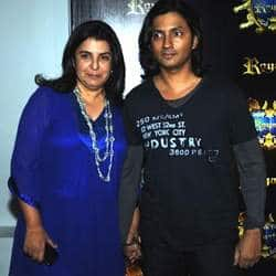 Farah Khan keeps Shirish, SRK apart!