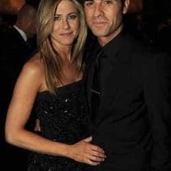 Jennifer Aniston will not marry Justin Theroux if he doesnt sign Pre-Nup