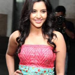 Priya Anand gets another Bollywood film