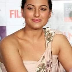 Sonakshi Sinha will be seen doing a lip lock?
