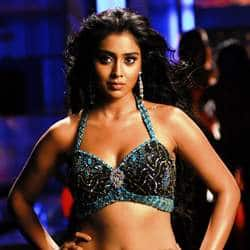 Shriya Saran to romance M. Sasikumar in her next?