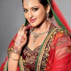 Sonakshi Sinha wants to give her father a blockbuster on his birthday